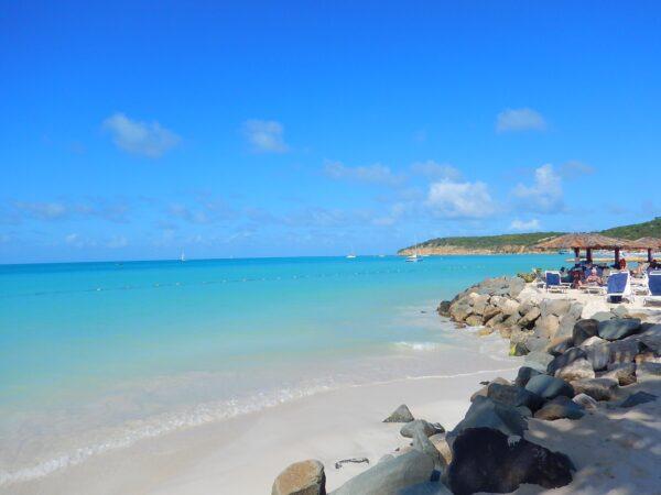 Antigua and Barbuda (27)