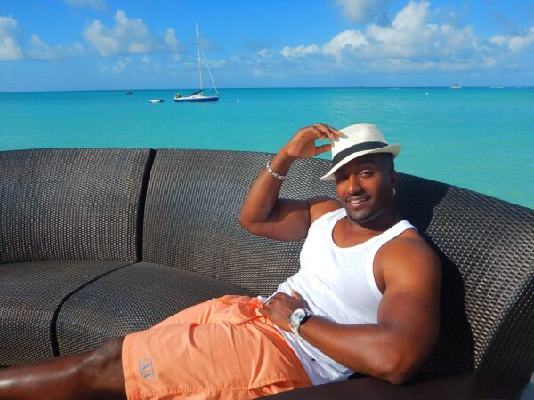 Antigua and Barbuda (33)