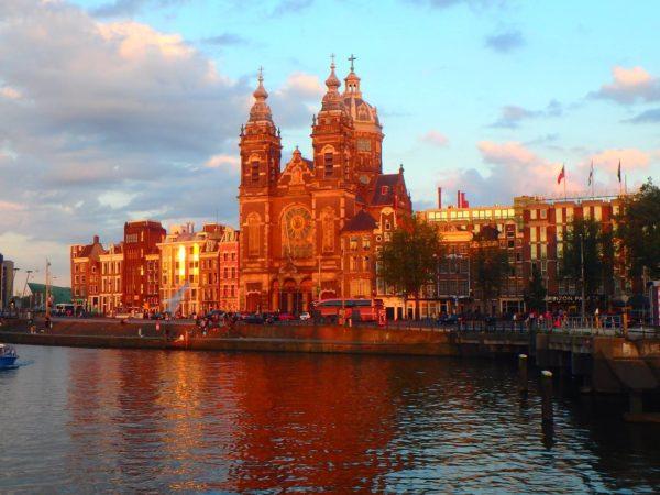 Netherlands (19)