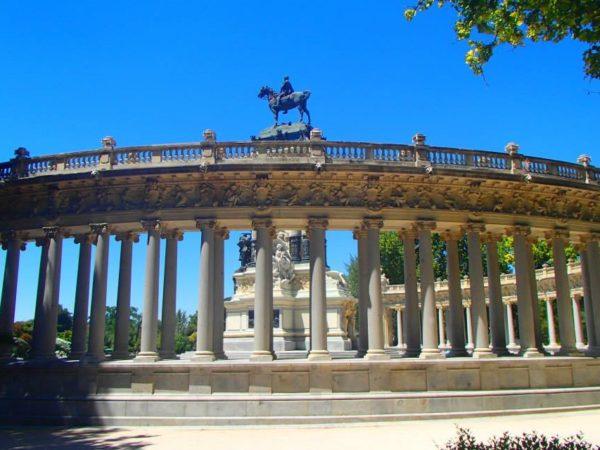 Spain (60)