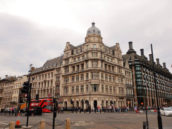 United Kingdom (85)