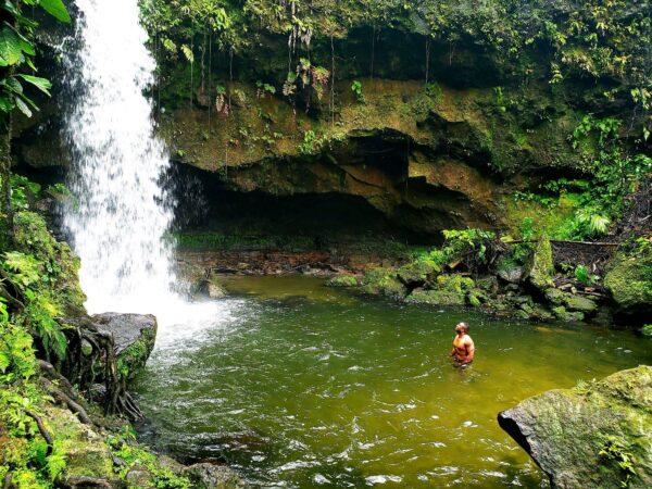 Dominica (111)