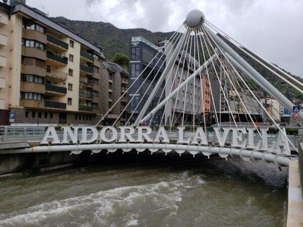 Andorra (49)
